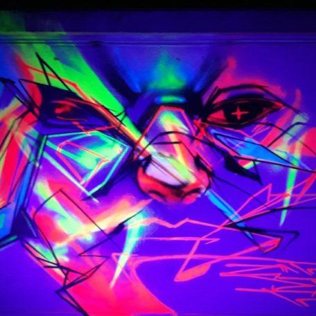 neon 5